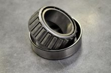 tapered-roller-bearing-3460125_640